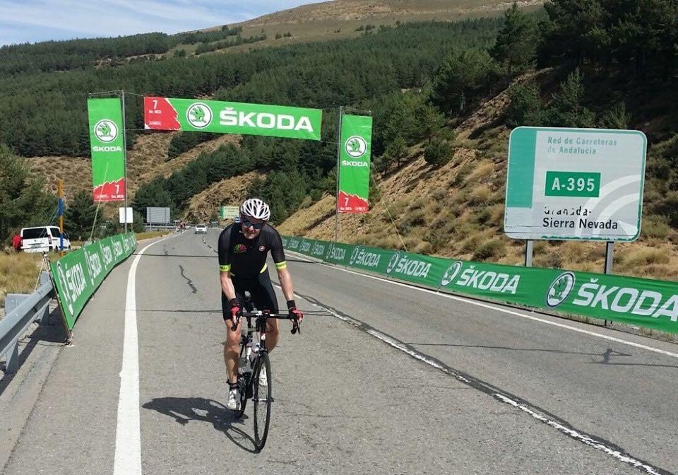 Cyclist climbing the Subida al Veleta